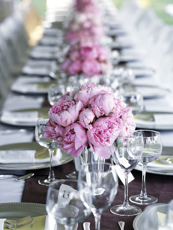 Wedding-Table-Arrangements-10