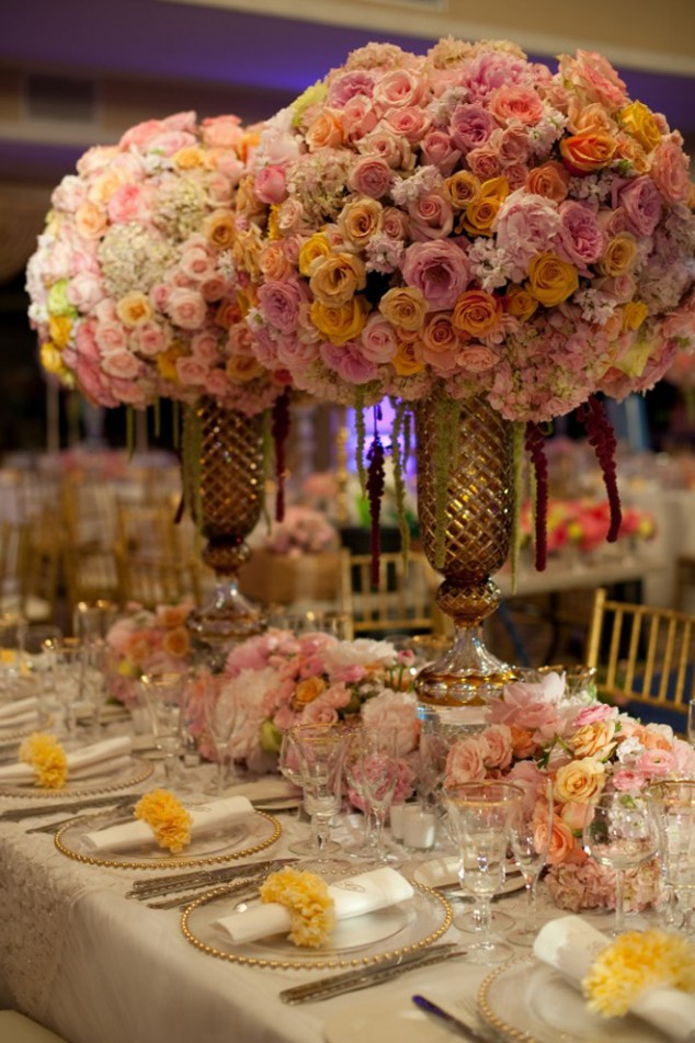 Wedding-Table-Arrangements-23-634x951