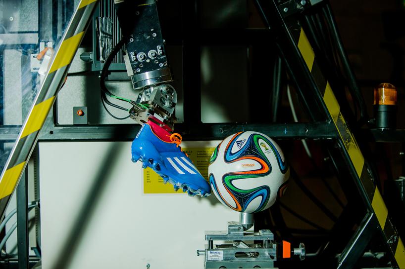 adidas-brazuca-ball-workd-cup-2014-designboom09
