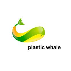 logo-plastic-whale-helloodesigner