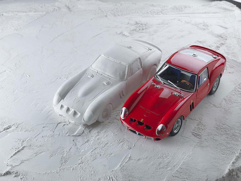 fabian-oefner-explodes-views-of-classic-sports-cars-helloodesigner7