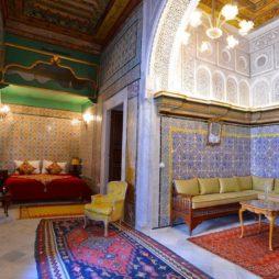 palais-decoration-tunisienne