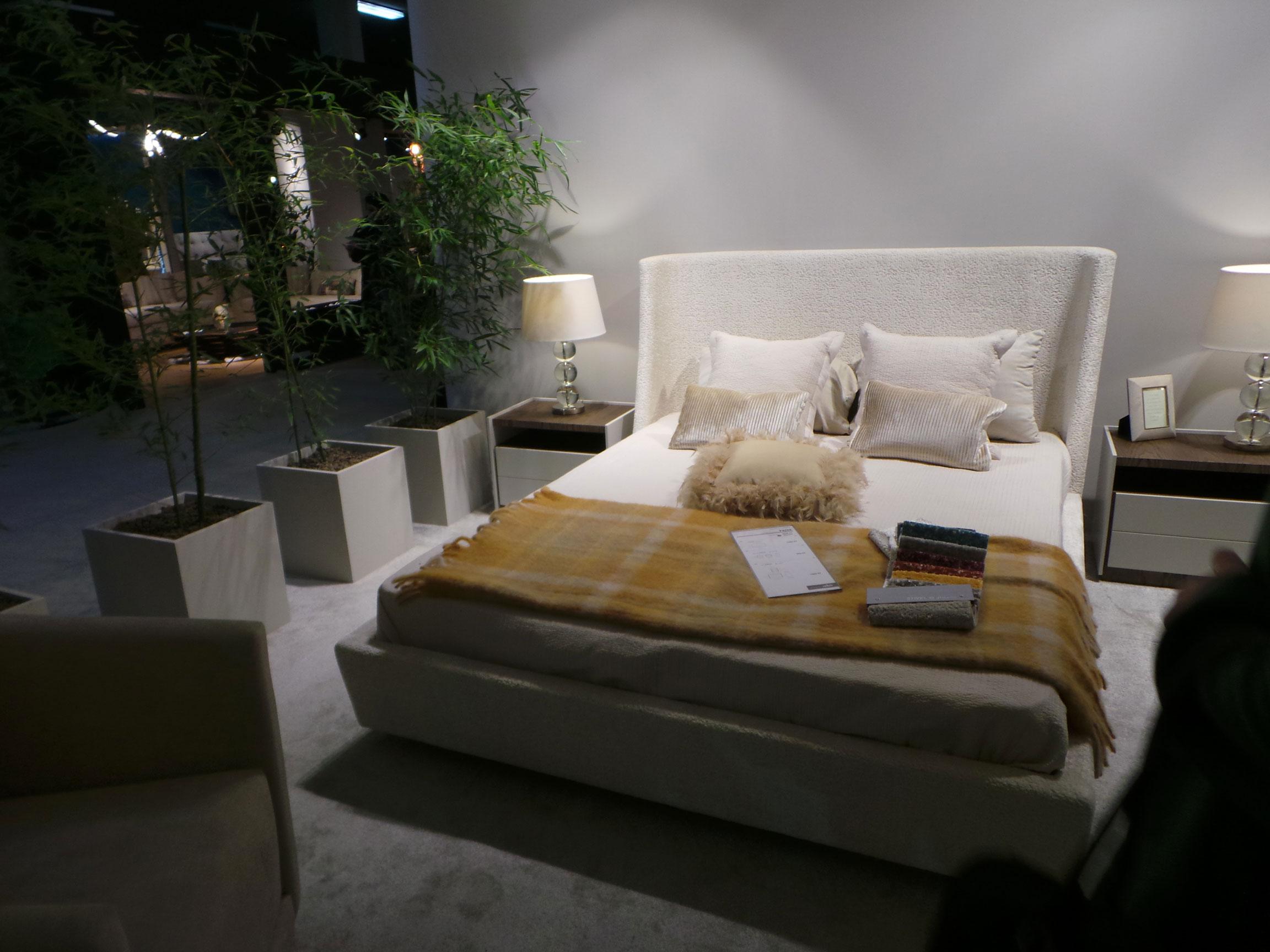 Salo-du-meuble-de-Tunis-chambre-a-coucher-klam-ellouh-velour