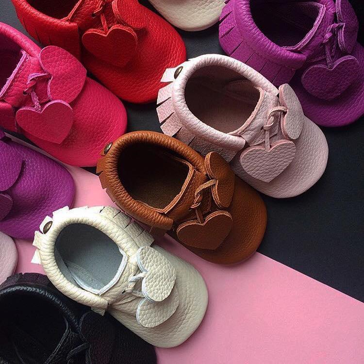 chaussure enfant fait main en cuir par mini mocs by pastel