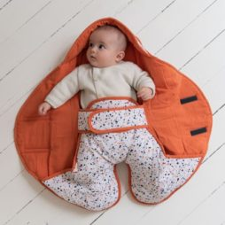 Lucie -couverture-nomade -milinane-linge-bebe
