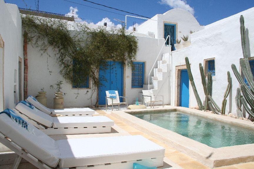 maison d'hôte et piscine de luxe en Tunisie